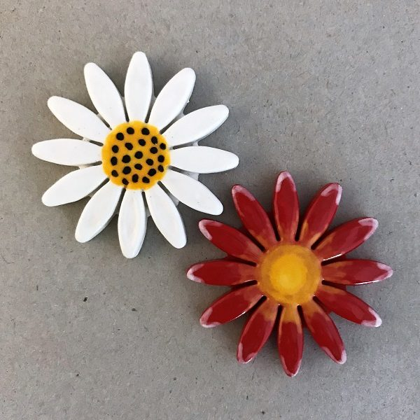Ceramic Daisy Ceramic Flower Ceramic Mosaic Tile www.mosaicinspiration.com