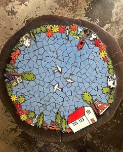 MOSAIC INSPIRATION - Mosaic Inserts - Round Log - House Bird Tree Bush Flower Daisy Girl Dog VW Beetle Car Cat Rabbit Letterbox Sheep www.mosaicinspiration.com