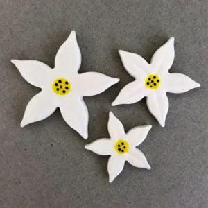 MOSAIC INSPIRATION - Ceramic Jasmine Flower Mosaic Inserts Mosaic Tiles www.mosaicinspiration.com