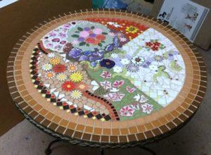 MOSAIC INSPIRATION Nicolas table - using flowers, leaves, birds - www.mosaicinspiration (2)