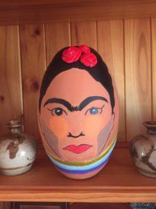 MOSAIC INSPIRATION Pams Piece using 3D ceramic roses - www.mosaicinspiration.com