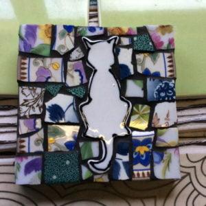 MOSAIC INSPIRATION - Annes Coaster - cat - www.mosaicinspiration.com