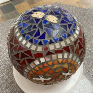 MOSAIC INSPIRATION - Julies Sphere - dragonfly, birds, bee, ladybirds - www.mosaicinspiration (1)