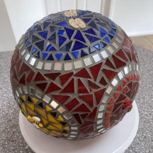 MOSAIC INSPIRATION - Julies Sphere - dragonfly, birds, bee, ladybirds - www.mosaicinspiration (2)