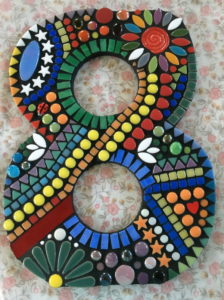 Judy's Number 8 using swirl and ladybird from MOSAIC INSPIRATION www.mosaicinspiration.com