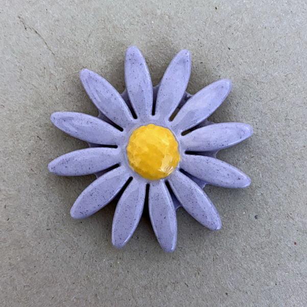 MOSAIC INSPIRATION 40mm Ceramic Daisy Ceramic Flower Ceramic Insert Mosaic Insert www.mosaicinspiration.com