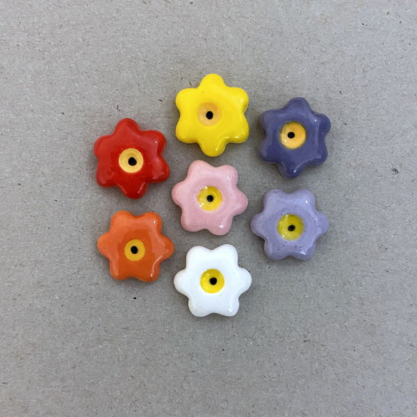 MOSAIC INSPIRATION 17mm Ceramic Flowers Mosaic Tiles Mosaic Inserts Ceramic Inserts www.mosaicinspiration.com